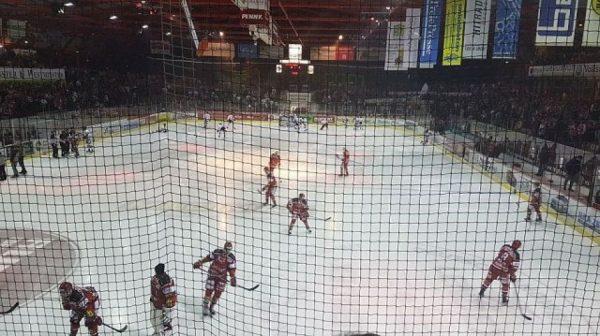 Eishockeyspiel - Eispiraten Crimmitschau
